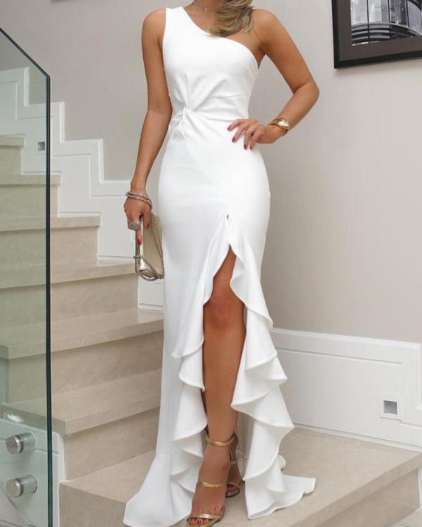 aad3703f7689d One Shoulder Twisted Ruffles Slit Hem Dress Online. Discover hottest trend  fashion at boutiquefeel.com
