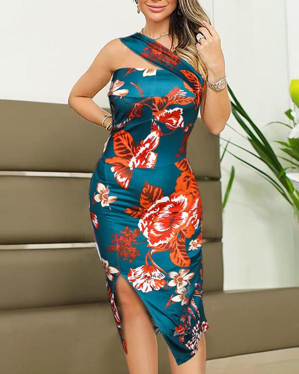 48c2bf419011 One Shoulder Floral Print Bodycon Dress Online. Discover hottest trend  fashion at ivrose.com
