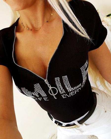 Zipper Design Letter Pattern Studded Casual T-shirt