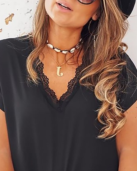 Lace Trim V-neck Casual T-shirt
