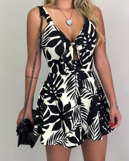 Tropical Print Tied Front Casual Romper