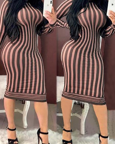 boutiquefeel / Long Sleeve Striped Bodycon Dress