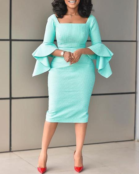 boutiquefeel / Square Neck Bell Sleeve Midi Dress