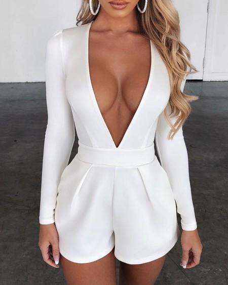 boutiquefeel / Plunge Long Sleeve Solid Romper