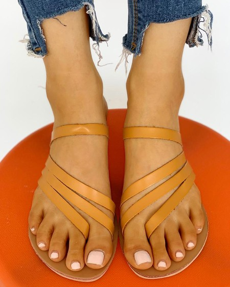 boutiquefeel / Solid Multi-Strap Casual Sandals