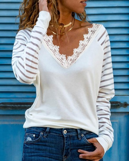 V-neck Lace Trim Long Sleeve Top
