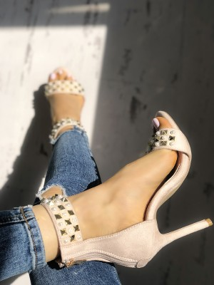 Fashion Beading Splicing Thin Heeled Sandals