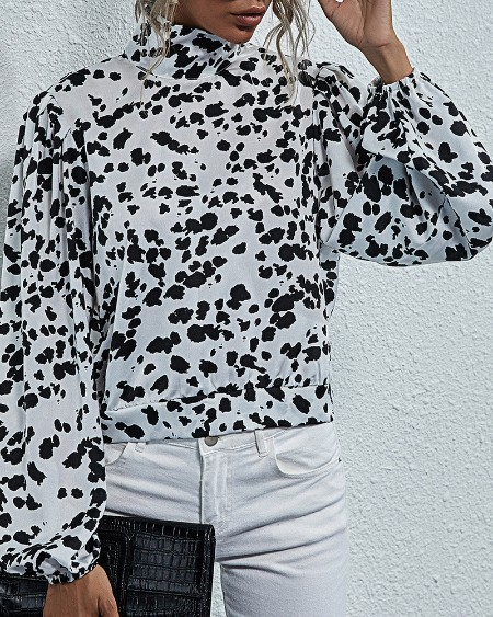 Cheetah Print Tied Detail Backless Shirt