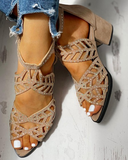 boutiquefeel / Studded Hollow Out Chunky Sandals