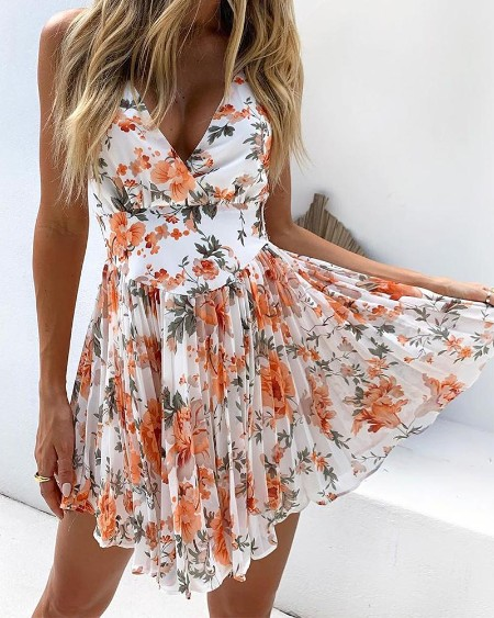 Floral Pleated Detail Mini Dress