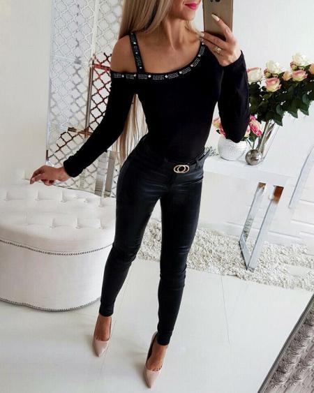 boutiquefeel / Cold Shoulder Studded Long Sleeve Top