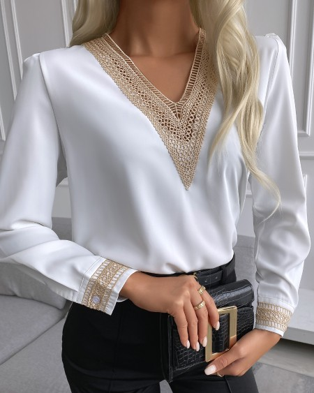 V Neck Lace Trim Long Sleeve Top
