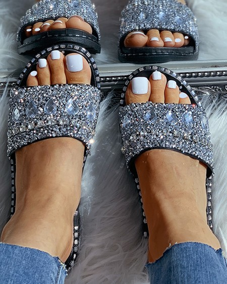 boutiquefeel / Studded Open Toe Flat Sandals
