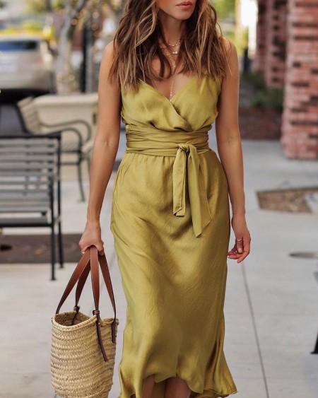 boutiquefeel / Tie Waist Spaghetti Strap Wrap Dress