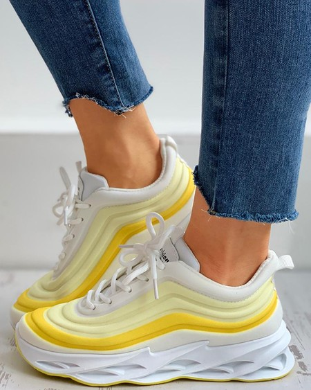 boutiquefeel / Colorblock Lace-up Muffin Breathable Sneakers