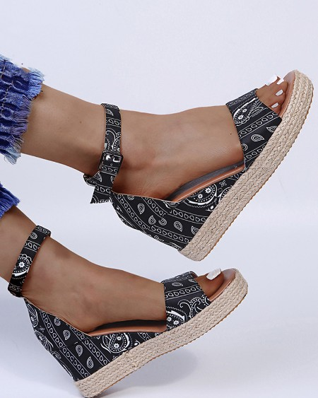 Round-toe Paisley Print Splicing Buckle Wedge Sandals