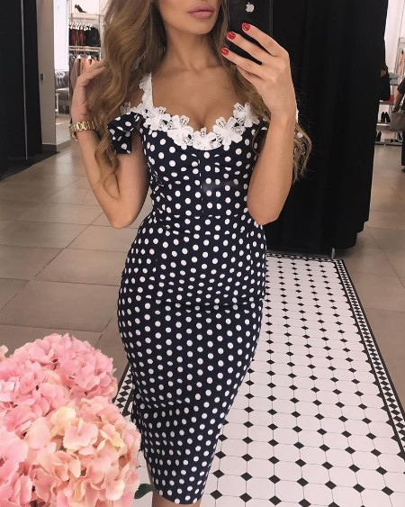 boutiquefeel / Lace Applique Dots Print Bodycon Dress