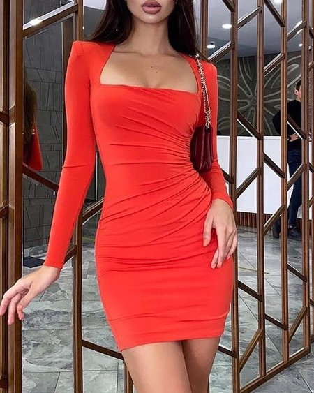 Padded Shoulder Ruched Bodycon Dress