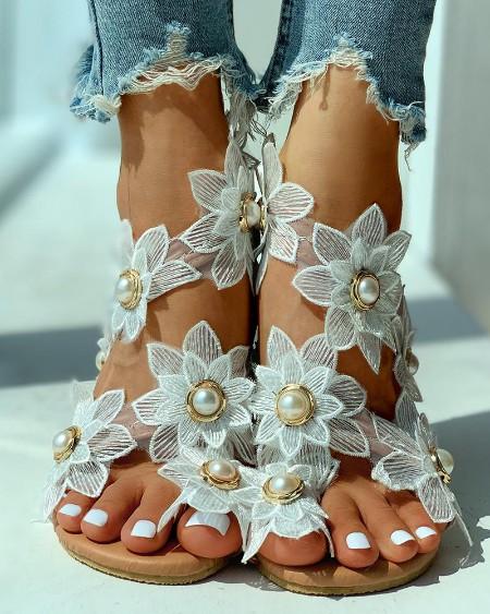 Toe Ring Flower Design Flat Sandals