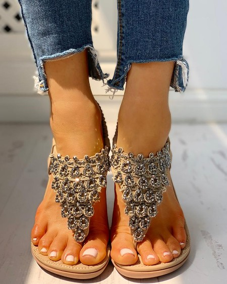 boutiquefeel / Toe Post Studded Flat Sandals
