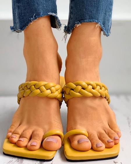 boutiquefeel / Toe Ring Braided Flat Sandals