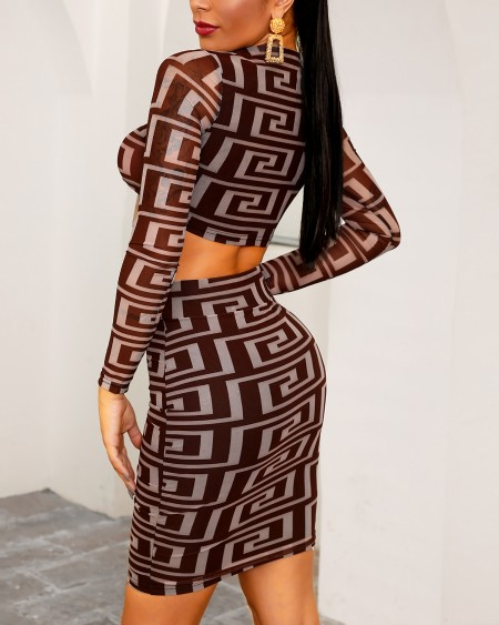 G Inspired Print Knotted Front Crop Top & Skirt Sets
