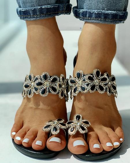 Toe Ring Beaded Floral Design Flat Sandals