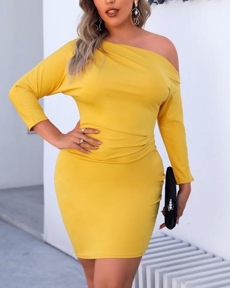 Plus Size Plain Ruched Bodycon Dress