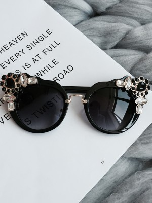Stylish Shiny Decorated Cat Eye Lens Sunglasses