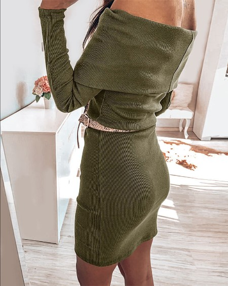 Solid Off Shoulder Buttoned Bodycon Dress