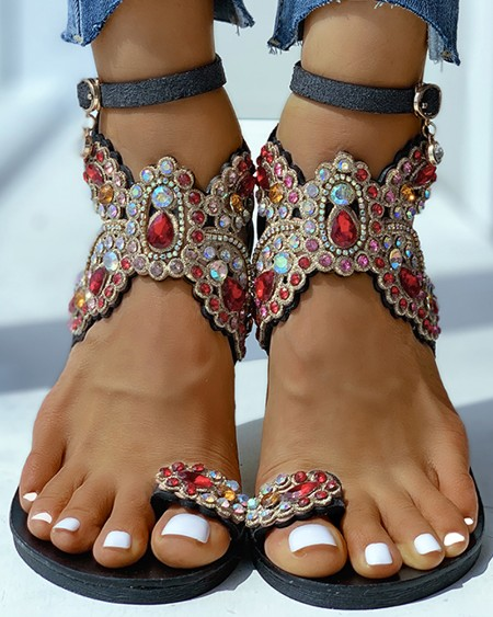 Toe Ring Studded Flower Pattern Flat Sandals