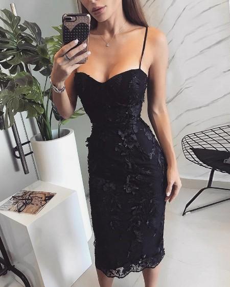 boutiquefeel / Spaghetti Strap Floral Applique Bodycon Dress