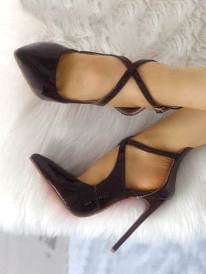 Solid Crisscross Buckled Pointed Toe Heels