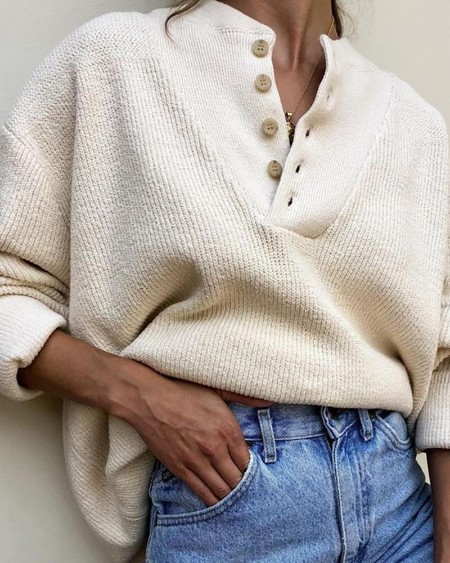 Solid Long Sleeve Buttoned Design Sweater
