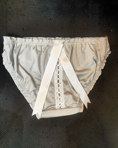 Hollow-out Tie Detail Frill Hem Panty