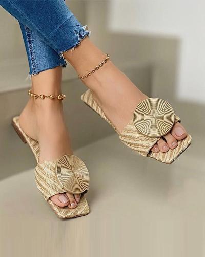 Flat-Sandals