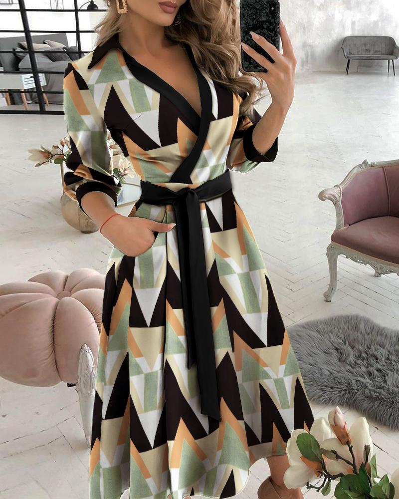 joyshoetique / Geo Pattern Graphic Print Pocket Design Wrap Dress
