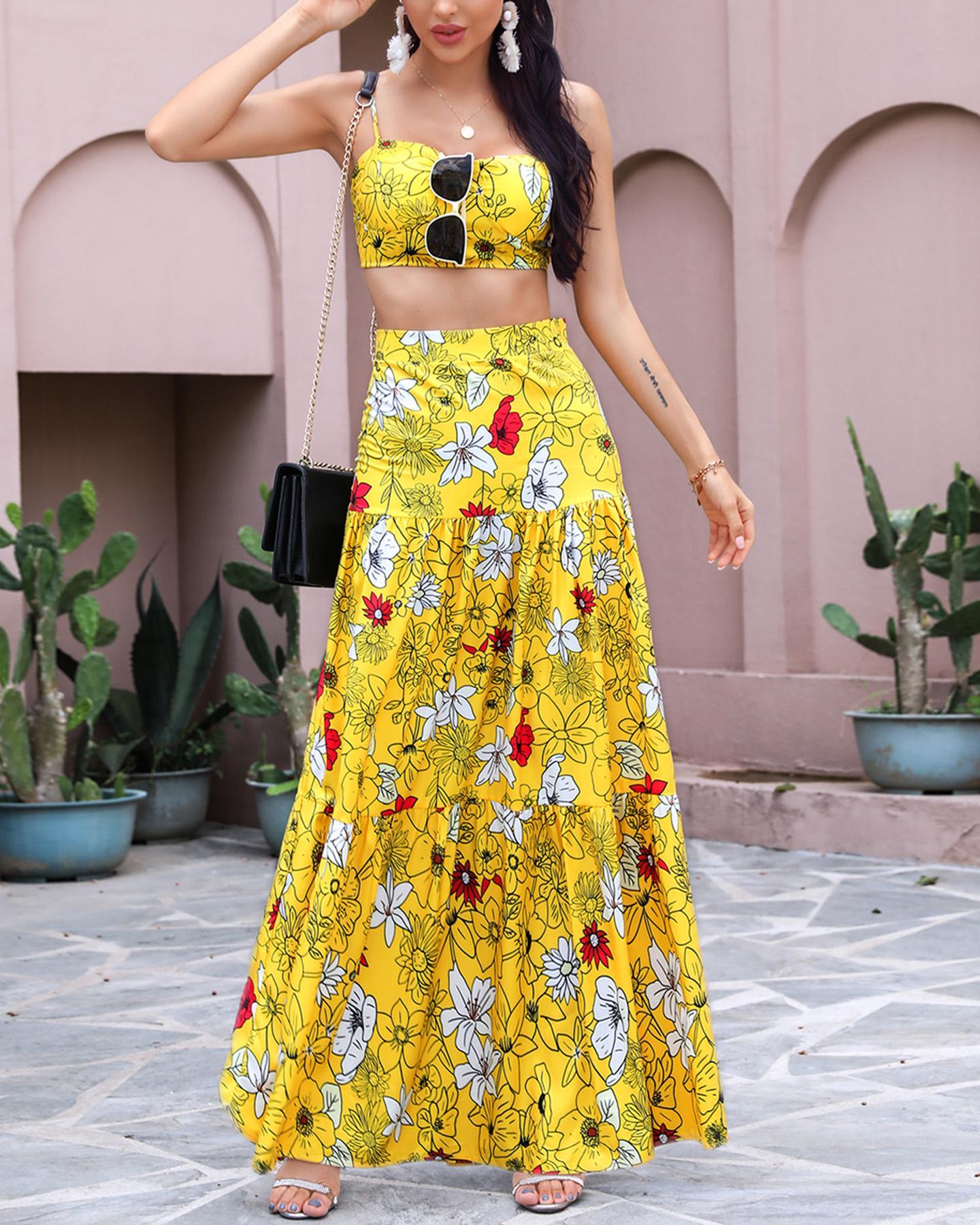 Floral Print Crop Top & Maxi Skirt Set thumbnail
