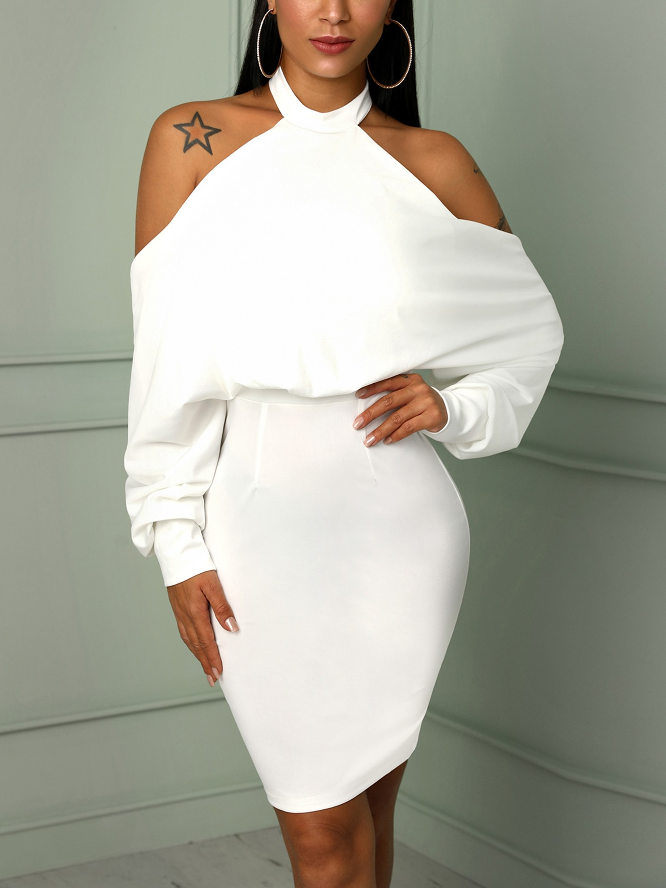 boutiquefeel / Halter Cold Shoulder Backless Bodycon Dress
