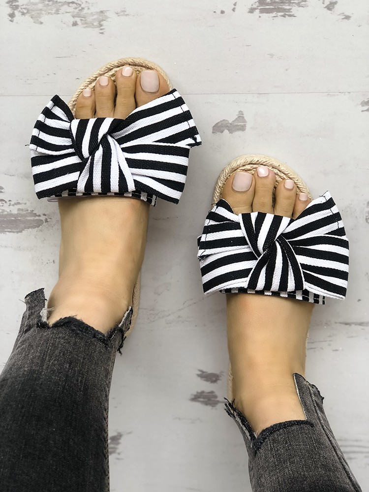 boutiquefeel / Striped Bowknot Decorated Flat Shoes
