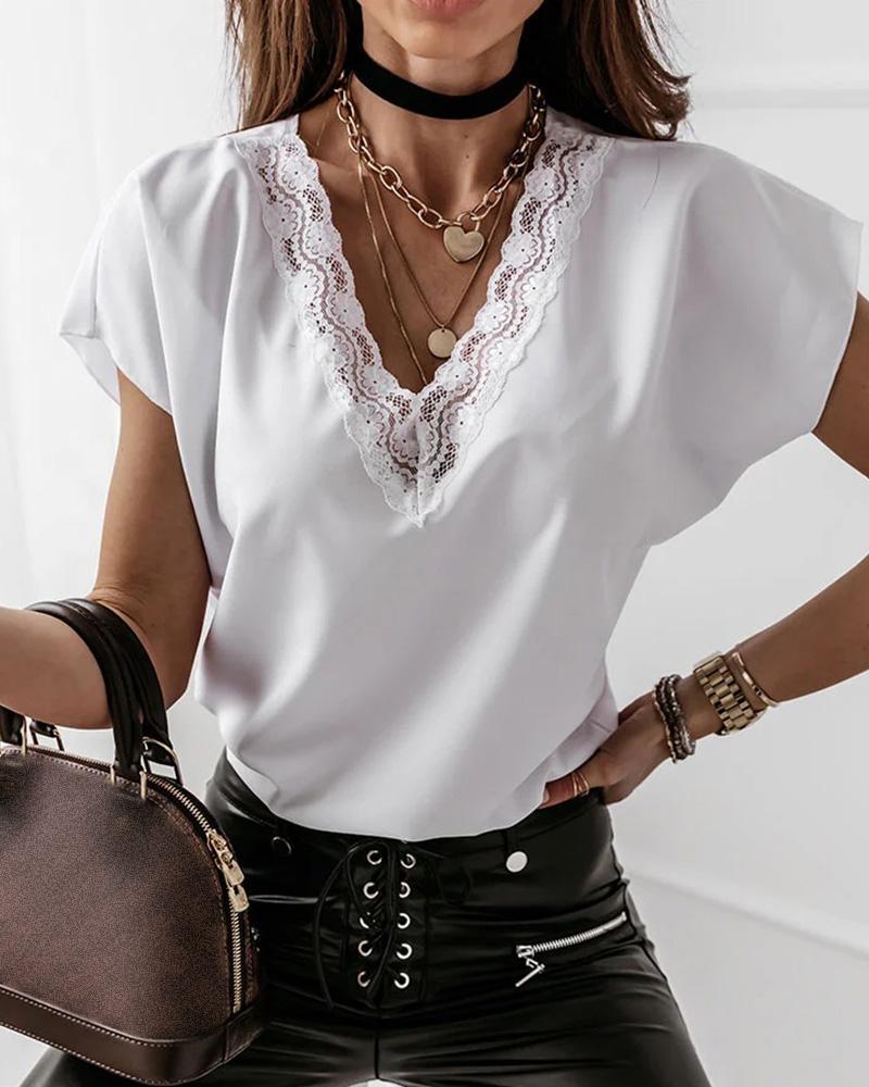 Lace Patch V-Neck Short Sleeve T-shirt, White