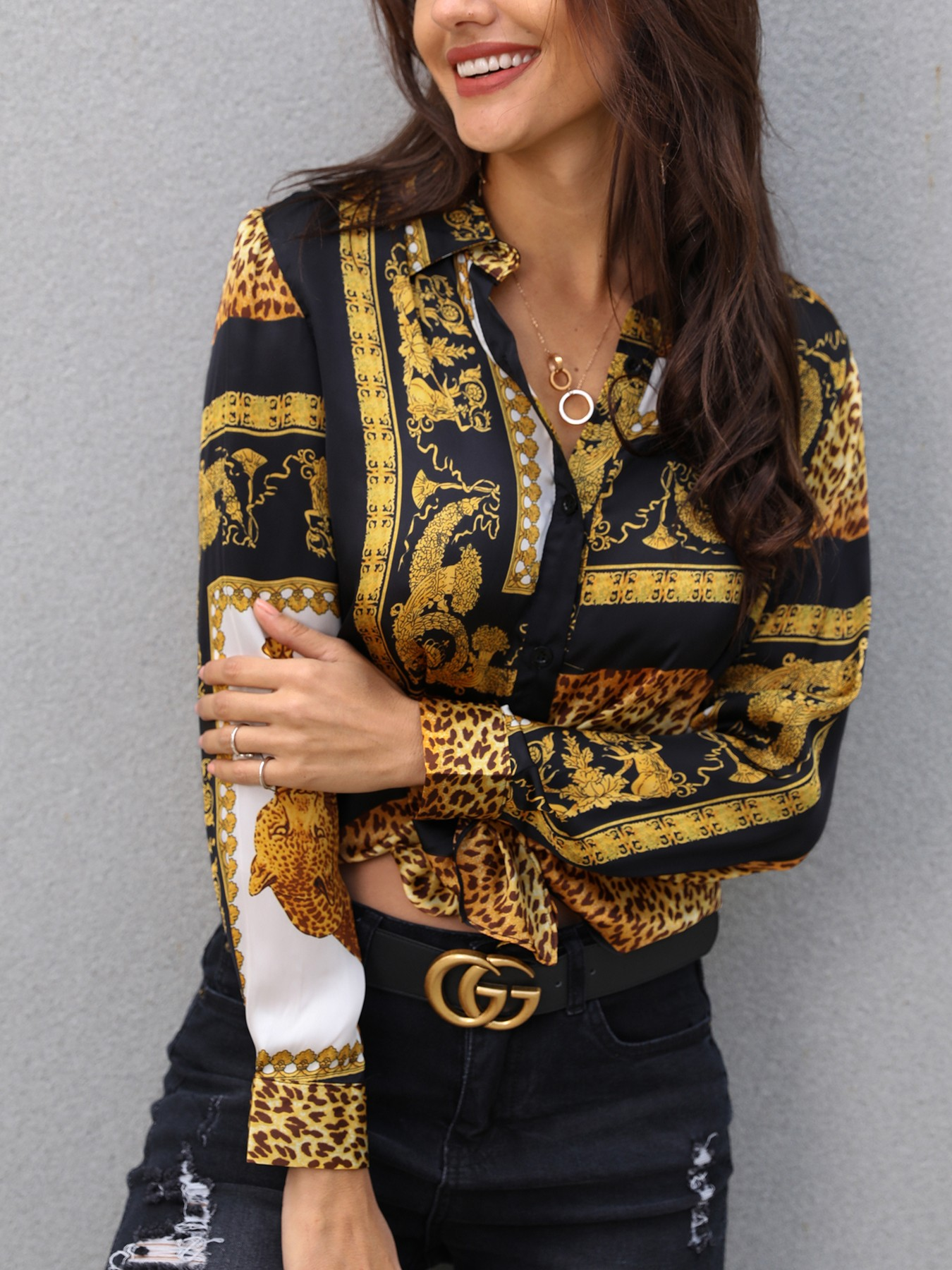 boutiquefeel / Leopard Print Knot Front Long Sleeve Blouse