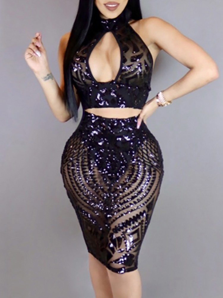 boutiquefeel / Stylish Sequins Cut Out Halter Crop Top with Skirt