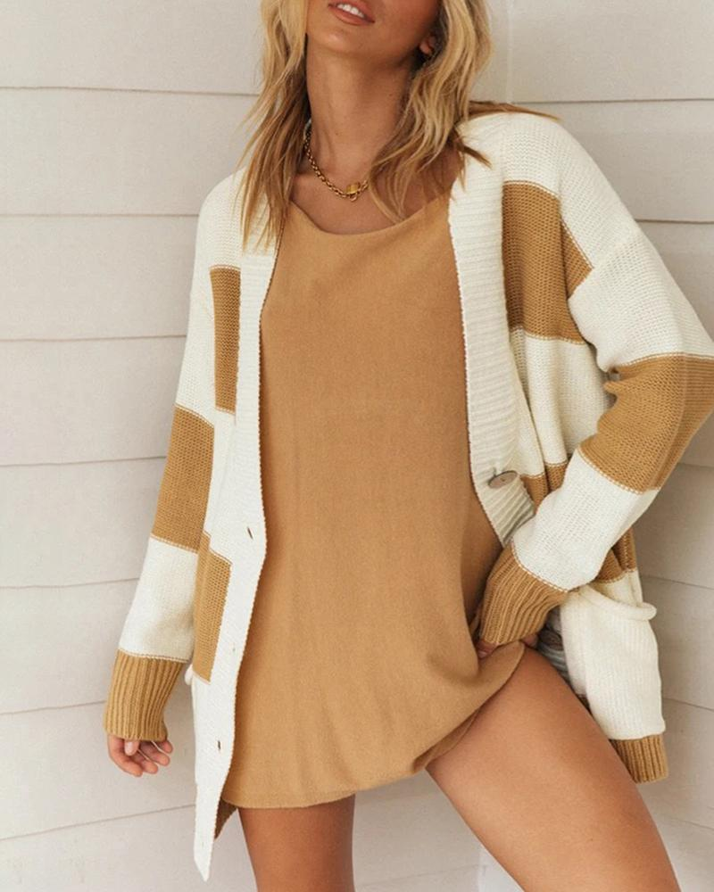Contrast Color Long Sleeve Knitted Sweater thumbnail
