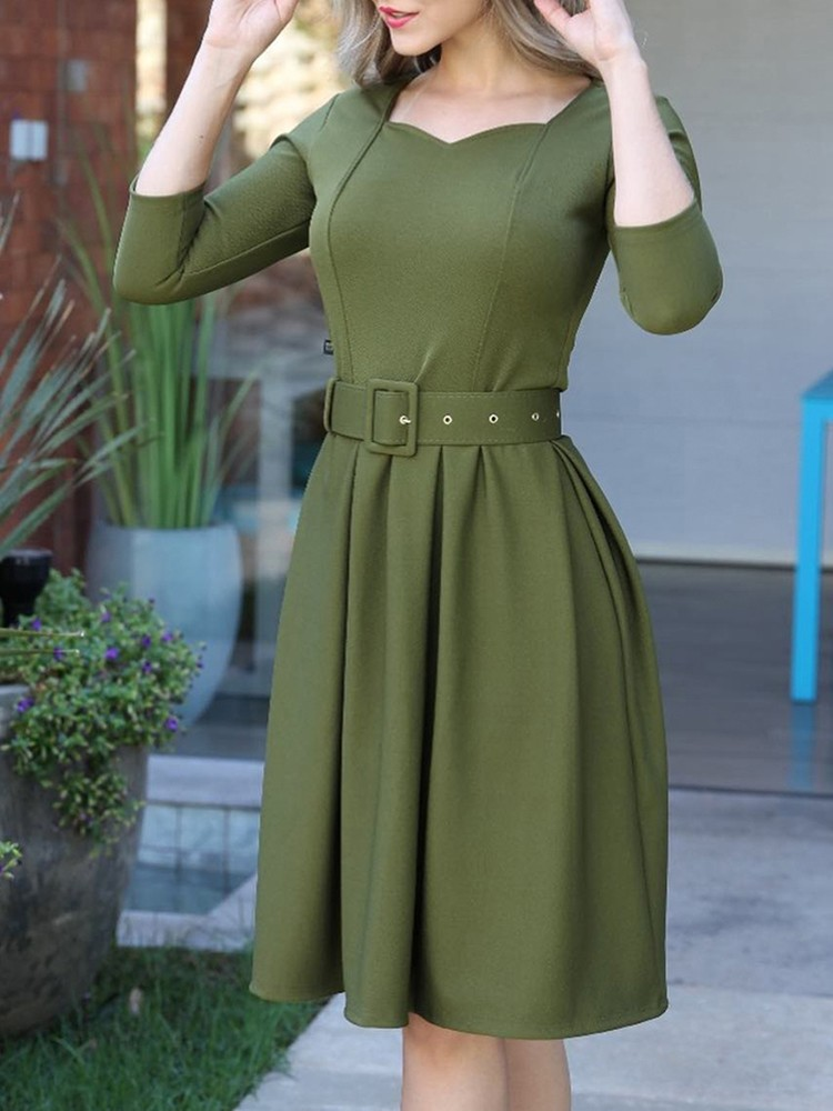 boutiquefeel / Solid Self Belted Pleated Casual Dress