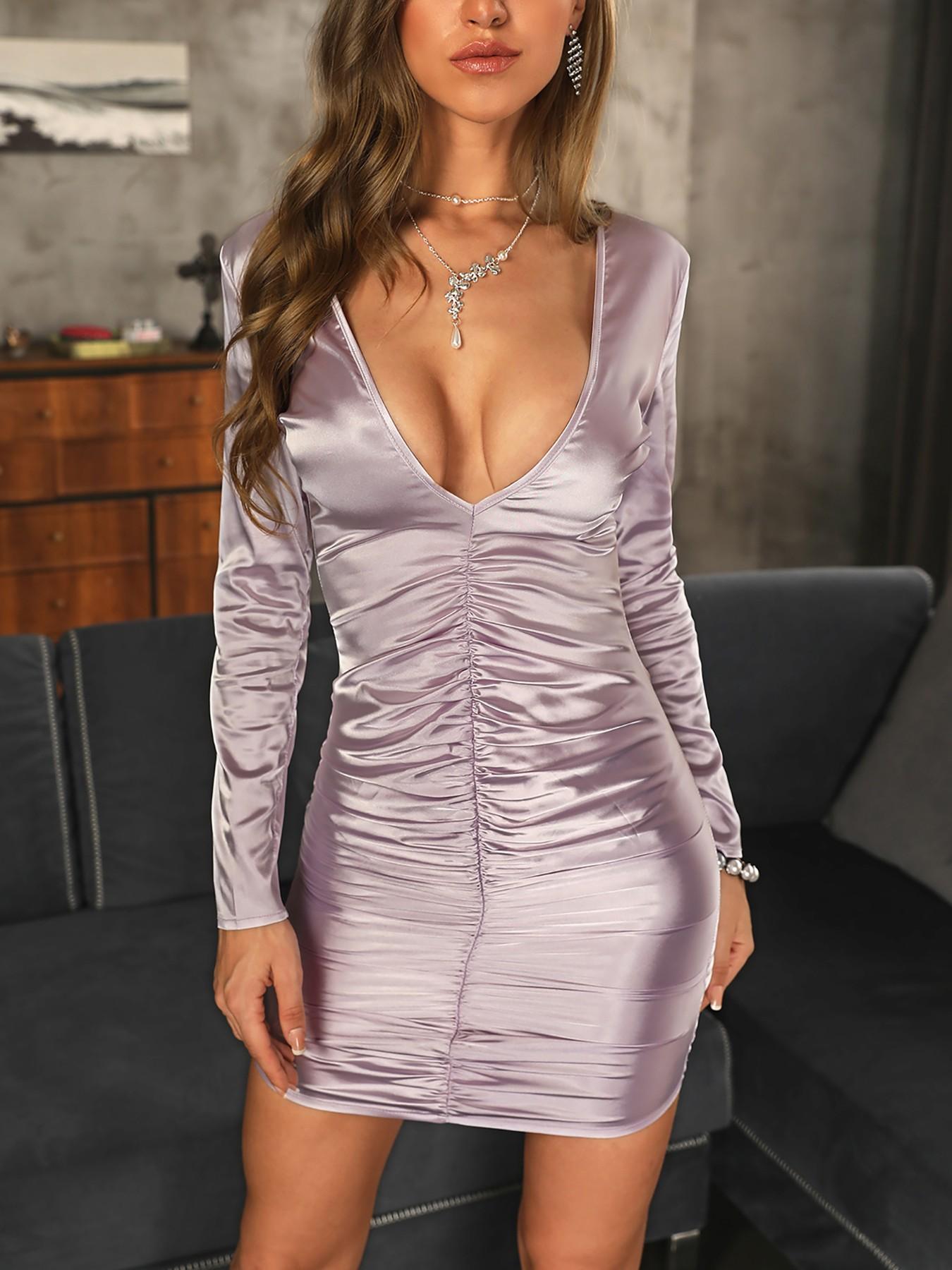 boutiquefeel / Deep V-Neck Ruched Design Dress