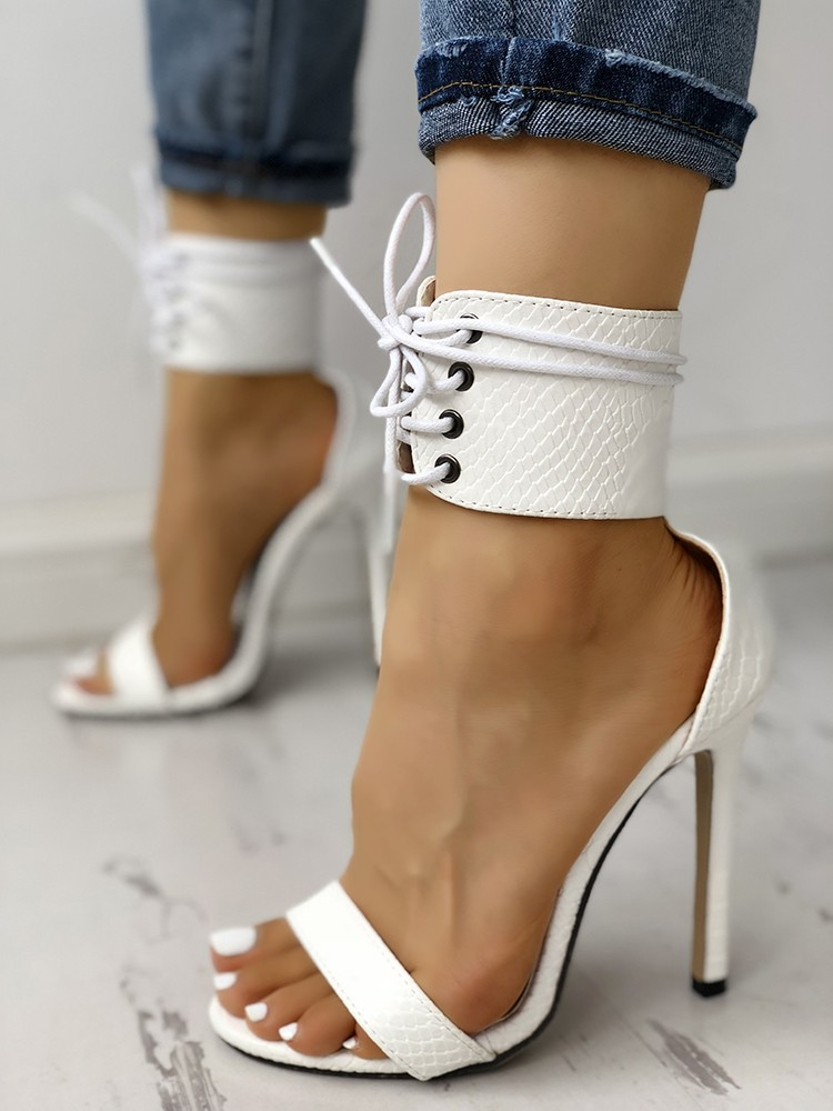 boutiquefeel / Cut Out Lace Up Thin Heels Sandals