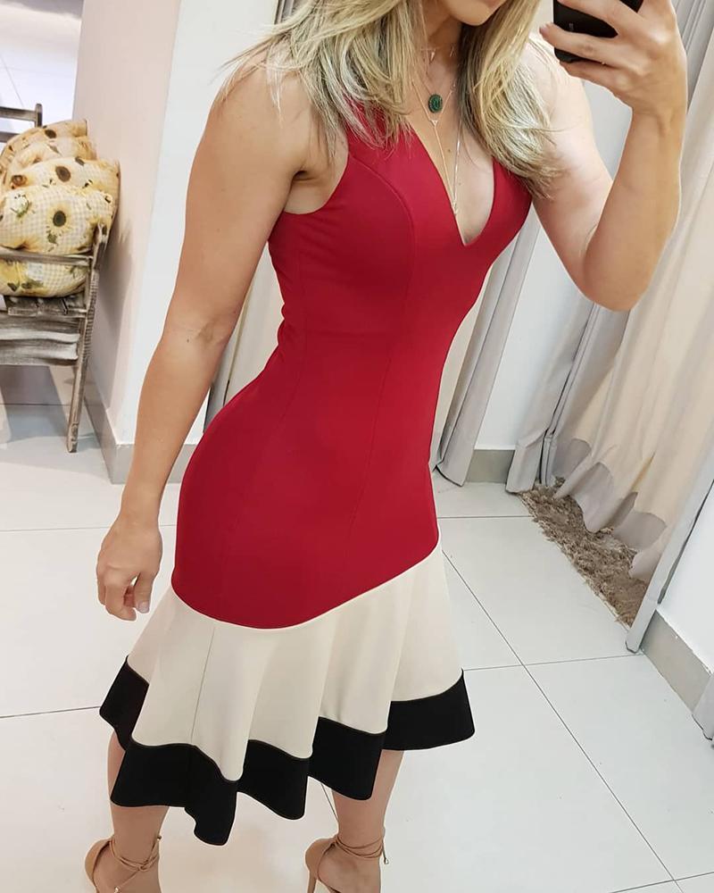 Colorblock Plunge Ruched Midi Dress thumbnail