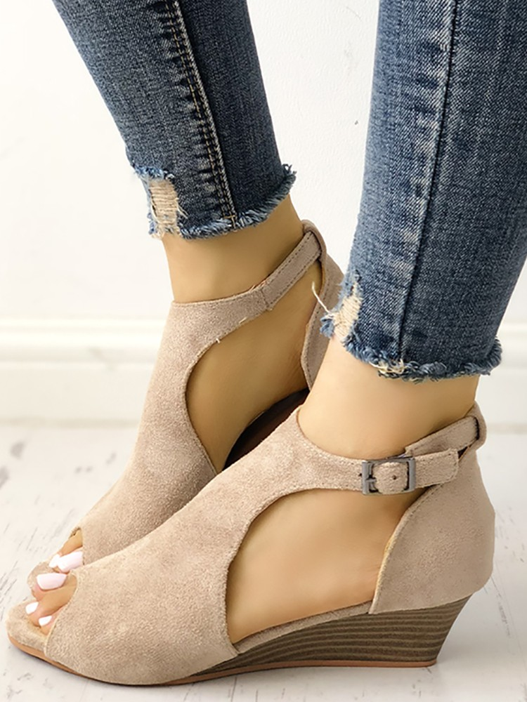 boutiquefeel / Solid Peep Toe Buckled Wedge Heeled Sandals