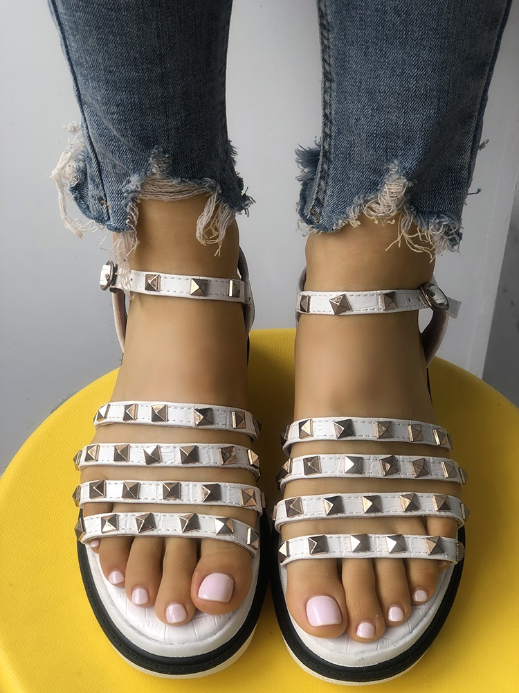 boutiquefeel / Ladies Rivet Multi-strap Platform Muffin Sandals